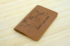 Engraved leather passport holder/ Personalized cover whit earth map/ passport covers/ gift for men/ minimalist cover/ gift pouch (067)