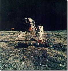 Space Race The landing on the moon. This would simply be used as a visual when talking about the moon landing, George Santayana, Nasa Photos, Apollo Missions, The Final Frontier, Space Race, Man On The Moon, Moon Landing, Space And Astronomy, Photo Search
