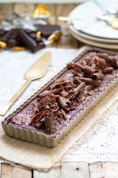 chocolate caramel mousse tart. recipe is in french, even better huh?!