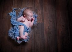 In our latest Professional Photographer to the Rescue post our pro shares her best baby photography tips for taking classic, timeless images