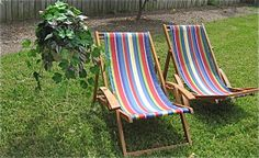 #Vintage wooden lounge chairs.