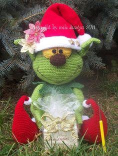 Für Alle, die nach etwas Besonderes suchen!  Der Grinch als froher Weihnachtsbote darf zu Weihnachten nicht fehlen.    Diese Häkelanleitung beinhaltet