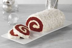 Wrap cheesecake-flavor pudding in a Red Velvet Yule Log! This Red Velvet Yule Log is a festive, holiday dessert that will serve a crowd at your next party.
