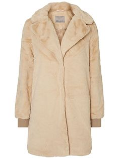 Lovely long sleeved jacket from VERO MODA. Perfect cover up item.
