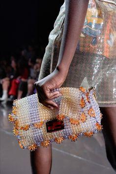 Fendi Spring 2020 Ready-to-Wear Fashion Show – Purses And Handbags For Teens Cute Handbags, Beautiful Handbags, Purses And Handbags, Beautiful Bags, Fashion Bags, Fashion Show, Fashion Accessories, Fashion Spring, Fashion Fashion