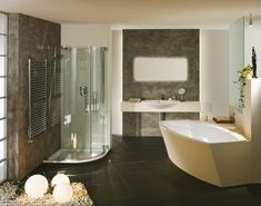 Choose some of these 31 luxurious and fabulous bathroom designs you would love to copy, and use it as an inspiration for your bathroom design. California Decor, Tropical Bathroom, Casement Windows, Other Rooms, Dream Decor, Modern Decor, Storage Spaces, Luxury, Inspiration
