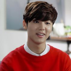 CNBLUE's Kang Min Hyuk offered role in School 2015