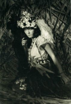 "Pauline Starke, in ""Lost and Found on a South Sea Island"" (1923)"