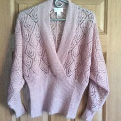 Ann Taylor Spring Sweater Blush color sweater fitted around waist.  Lightweight and airy. LOFT Sweaters V-Necks