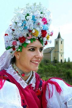 Hungarian folk costume: Kazár, county Nógrád, North territory of Hungary