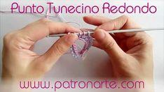 Añade un nuevo punto a tus trabajos de crochet con este tutorial para elaborar punto tunecino en redondo.