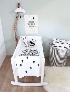 Cute black and white nursery inspiration! Baby Bedroom, Baby Boy Rooms, Baby Room Decor, Nursery Room, Girl Nursery, Kids Bedroom, Nursery Decor, Nursery Ideas, Bedroom Decor