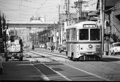 昭和46年撮影。 東京ゼロメートル地帯を行く都電12景 江東区亀戸6丁目と大島3丁目辺り。