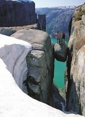 Hiking in the Lysefjorden (Norway) - Kjerag Photo: Region Stavanger BA Places Around The World, Oh The Places You'll Go, Places To Travel, Places To Visit, Around The Worlds, Travel Destinations, Norway Fjords, Visit Norway, Lofoten