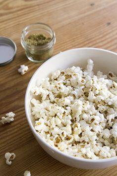 zaatar popcorn | re