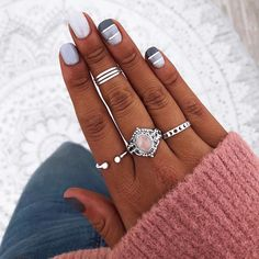 Classy Nails, Fancy Nails, Stylish Nails, Cute Nails, Nail Ring, Nail Manicure, Summer Gel Nails, Nails & Co, How To Wear Rings