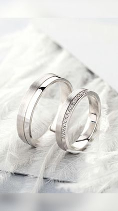 Wedding Rings Sets His And Hers, Matching Wedding Rings, White Gold Wedding Bands, Wedding Band Sets, Diamond Wedding Rings, Bridal Rings, White Gold Rings, Groom Wedding Bands, Lesbian Wedding Rings