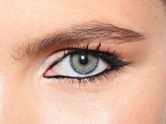 Get the Look: Tightlining Your Eyes