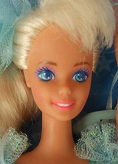 Close-up of the 1991 Ballerina Barbie's face.