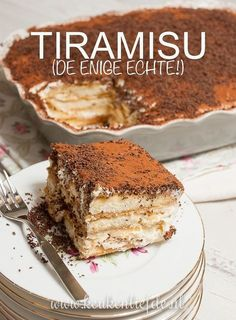Tiramisu (the only real one!) - Kitchen ♥ Love - Tiramisu (the only real one! Köstliche Desserts, Delicious Desserts, Yummy Food, Baking Recipes, Cake Recipes, Baking Ideas, Tiramisu Dessert, Sweet Bakery, Pie Cake