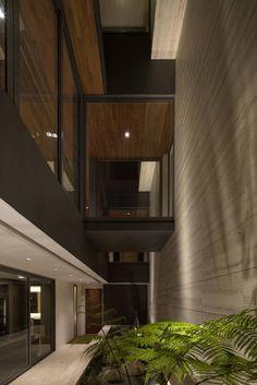 Gallery - Travertine Dream House / Wallflower Architecture + Design - 18