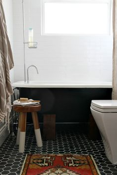 White subway tile wall Hexagonal floor tile (consider gray) White stand alone tub (rectangular? Bathroom Renos, Small Bathroom, Bathrooms, Downstairs Bathroom, Master Bathroom, Hygee Home, House Tweaking, Fixer Upper House, Kitchen Cabinets Decor