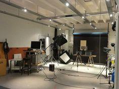 Nydeligt lagerlejemål i Nordvestkvarteret i København. 10 km fra City, og mange anvendelsesmuligheder.