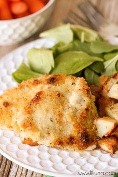 Crispy Baked Ranch Chicken - so simple and delicious { lilluna.com }