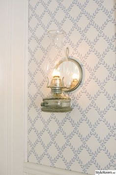 Imagine with blue painted beadboard on bottom half of kitchen wall and this wallpaper on top half. Cottage Exterior, Interior And Exterior, Small Space Interior Design, Kitchen Wallpaper, Girl Bedroom Designs, Scandinavian Interior, Swedish Interiors, White Rooms, Inspiration Wall