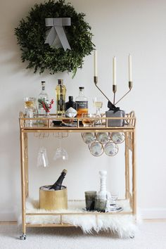 Home Bar Planning Size The very first step is to find out how big you would like your bar to be. If you would like to hide the bar in the wall, utilize the plywood you cut from the wall. Diy Bar Cart, Gold Bar Cart, Bar Cart Styling, Bar Cart Decor, Bar Carts, Small Kitchen Bar, Kitchen Bar Design, Kitchen Dining, Simple Christmas