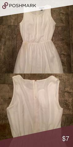 White dress Light sleeveless dress, knee length, with key hole detail in back. Elastic cinched waist. Forever 21 Dresses