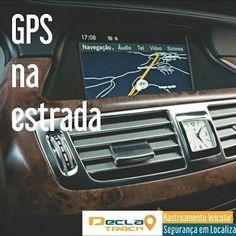 Navegadores não são úteis apenas para encontrar o caminho certo. Em rodovias, o GPS pode te ajudar a fazer uma viagem mais segura. Com o GPS ligado, vejo antecipadamente o tamanho da reta, por exemplo, ganhando um elemento fundamental para a decisão de ultrapassar ou esperar outra oportunidade melhor, isso muito útil no caso de ultrapassagem de dois caminhões enfileirados. Mas não se esqueça, o mais importante é ter sempre muita atenção e prudencia, independente da ajuda do GPS. #Declatrack…