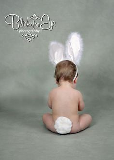 ideas baby boy photography easter children for 2019 Newborn Pictures, Baby Pictures, Easter Pictures For Babies, Book Bebe, Baby Boy Photography, Photography Ideas, Toddler Photos, Foto Baby, Baby Kind