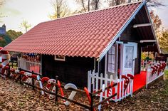 My Travel Stories Portugal, Shed, Cabin, House Styles, Garden, Outdoor Decor, Travel, Fair Grounds, Xmas