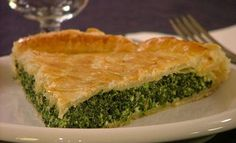 This Italian spinach pie is so delicious and easy to make! Just follow the instructions and you will make the best spinach pie and an ideal Sunday breakfast – well, at least, Sunday is the pie day in …