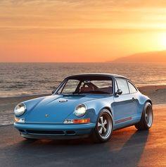 Singer Porsche - love this!