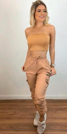Crop Top Outfits, Basic Outfits, Cute Casual Outfits, Champion Clothing, Leopard Print Outfits, Teen Fashion, Fashion Outfits, Cargo Pants Women, Tumblr Outfits
