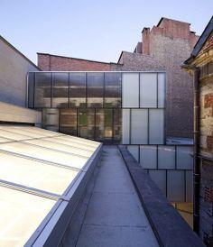 Théâtre de Liège by Pierre Hebbelinck. Liege, France  We know what's good for you - nnmprv: