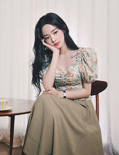 milkcocoa Modern Fashion Outfits, Work Fashion, Runway Fashion, Emo Fashion, Pretty Asian, Beautiful Asian Girls, Face Angles, Plus Size Costume, Korean Fashion Men