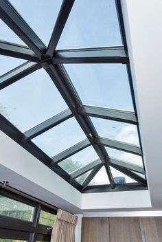 Stalen lichtstraat Glass Ceiling, Glass Roof, Canopy Architecture, Architecture Design, Roof Light, Roof Design, Facade House, Skylight, Bathroom Interior