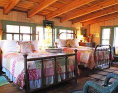 antique iron beds, cozy sheets and quilts in the cabin bunkroom! Bedroom Loft, Cozy Bedroom, Bedroom Ideas, Bedroom Designs, Painted Iron Beds, Antique Iron Beds, Garden Cabins, Cabin Design, Cozy Cabin