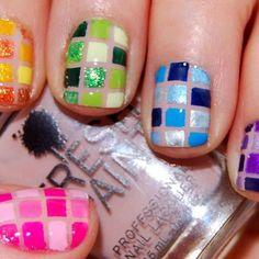 Checkered mosaic pattern Nails