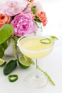 Who doesn't love a good happy hour? Sharing the ultimate skinny jalapeño margarita recipe that is perfect for your summer prep..