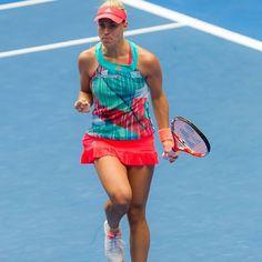 Ana Ivanovic? No, it's Angelique Kerber fistpumping. #fistpumpinglookalike #ausopen2016 #angeliquekerber