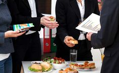 8 Smart Ways to Eat Healthy During Office Hours - NDTV