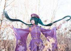 Hatsune Miku ver. Senbonzakura Cosplay http://geekxgirls.com/article.php?ID=8200