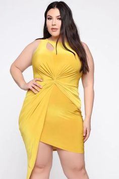 Cute Outfits For Plus Size Women. Graceful Plus Size Fashion Outfit Dresses for Everyday Ideas And Inspiration. Plus Size Refashion. Fashion Nova Models, Curvy Women Fashion, Plus Size Fashion, Mustard Fashion, Inexpensive Prom Dresses, Empire Waist Tops, Plus Size Leggings, Plus Size Swimsuits, Plus Size Women