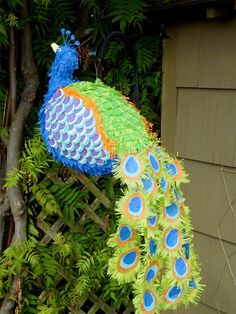 Custom made piñatas - how intense are these? Can you imagine for the pinata parties?