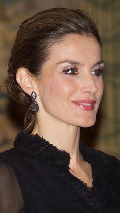De Grisogono black diamond teardrop earrings. Debuted 2006