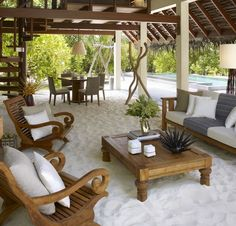 Modern Outdoor Living Space- My future backyard Strand Design, Sand Floor, Modern Outdoor Living, Beach Living Room, Beach Room, Outside Living, Outdoor Rooms, Outdoor Seating, Outdoor Lounge